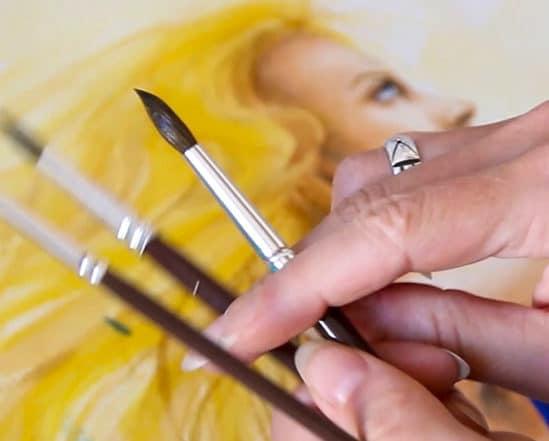 mains artiste